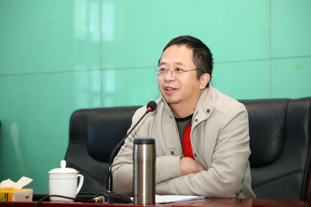 走进中共中央党校研究生院,360周鸿祎为中国数字化建设注入网安新动源!